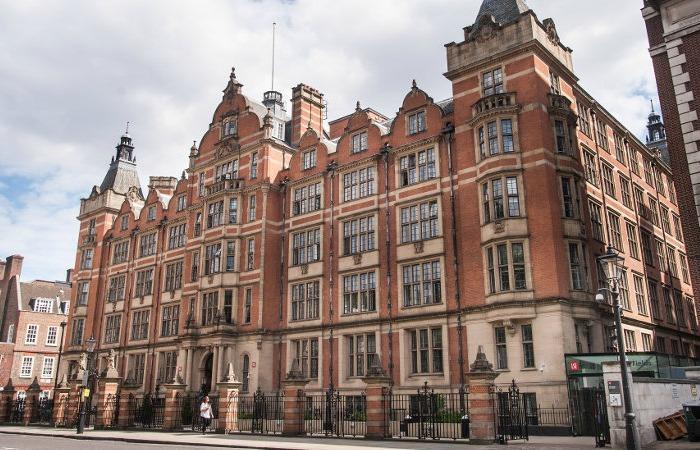 Британские университеты запрещают мясо и открывают веганские кафе